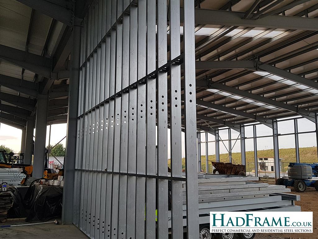 Hadframe wall