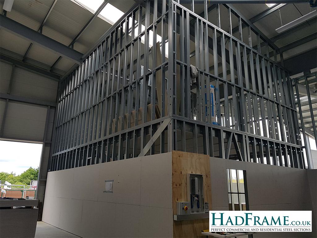 Unit 8b internal office walls - external corner